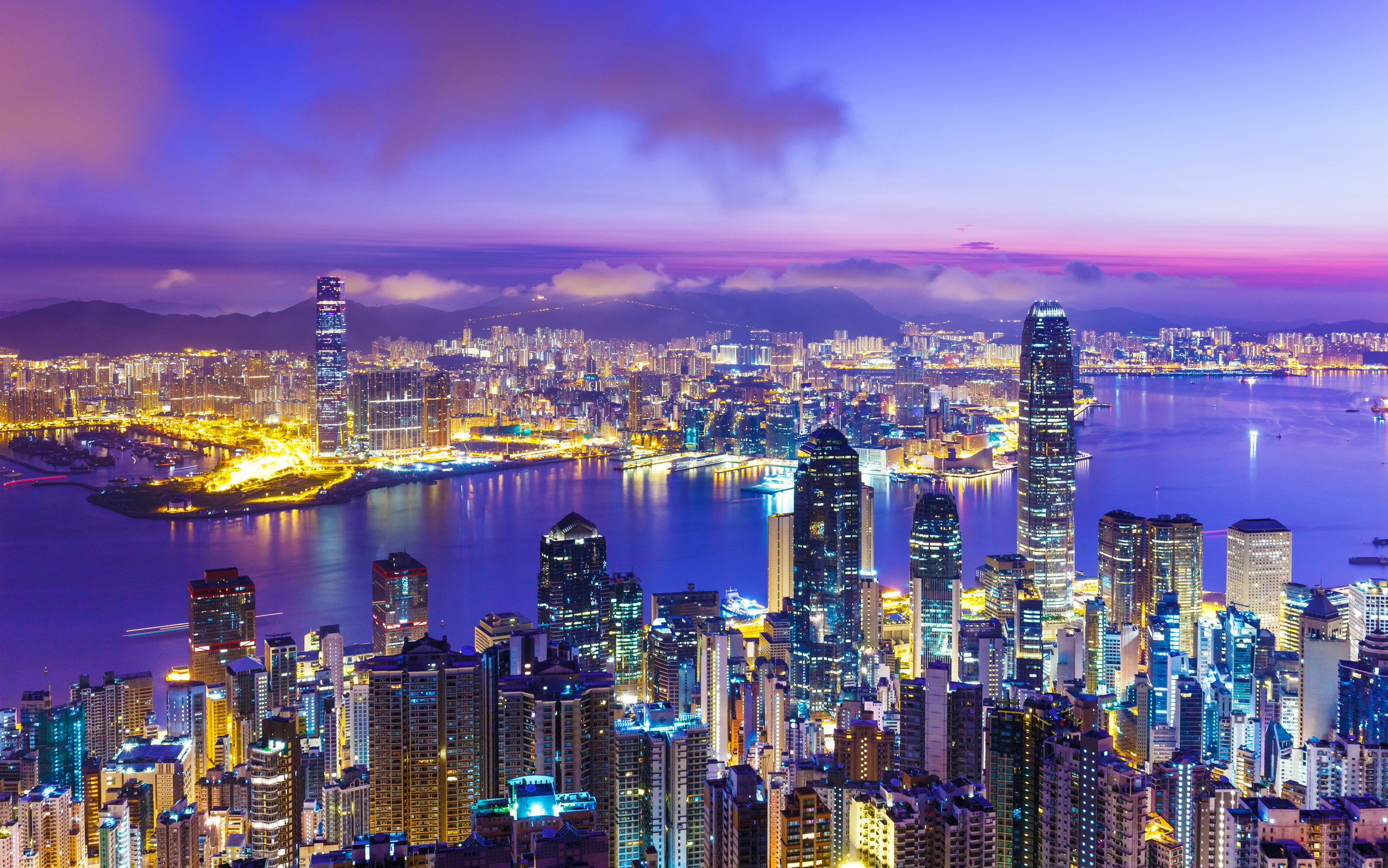 Hong Kong carriers scoop up 3.5 GHz spectrum at 5G auction